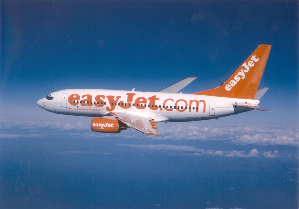 easyJet: Νέες πτήσεις από Ρώμη προς Θεσσαλονίκη και Ρόδο