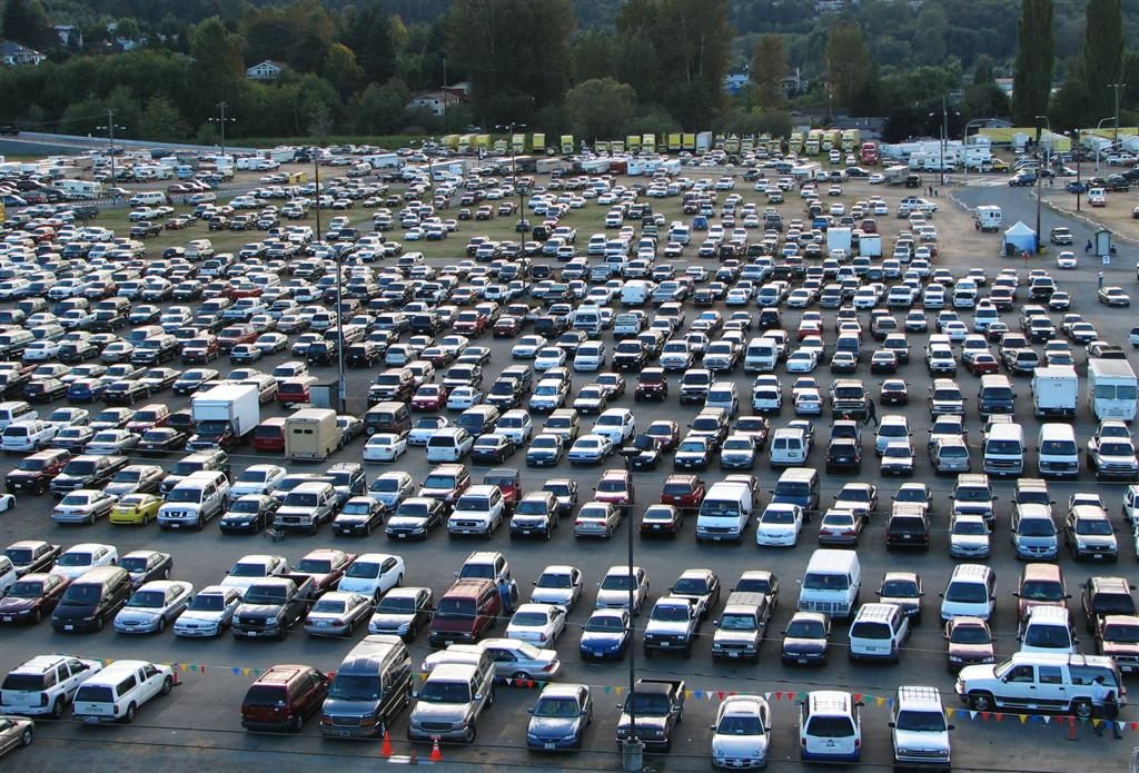Φορολογούνται ακόμα και τα πάρκινγκ και οι στάνες