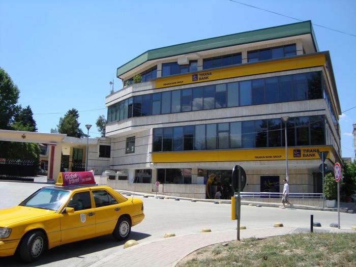 Ισχυρή η θέση των ελληνικών τραπεζών στην Αλβανία