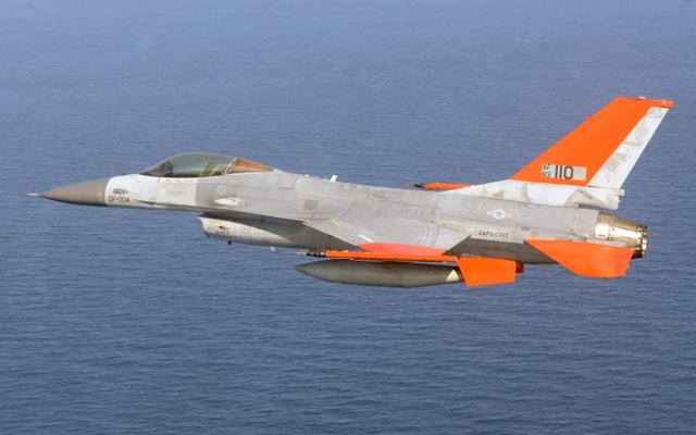 Δοκιμαστική πτήση F-16 δίχως πιλότο