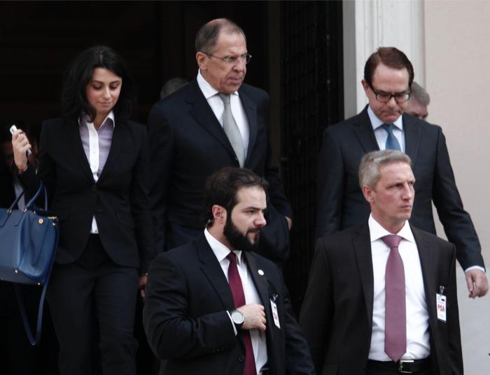 Μείωση της τιμής του φυσικού αερίου ζήτησε ο Σαμαράς από τον Λαβρόφ