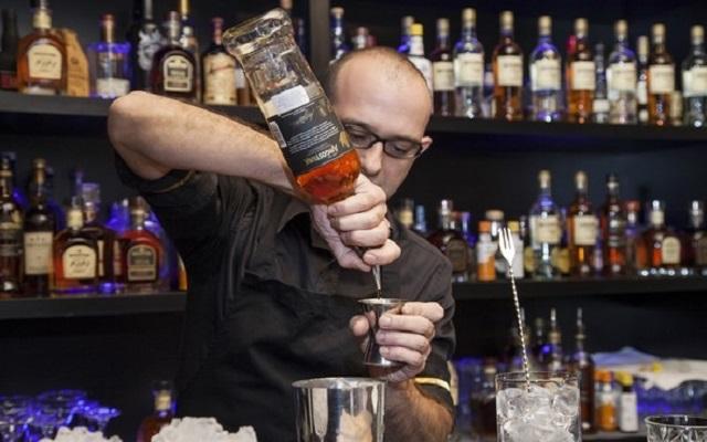 Και ο καλύτερος bartender είναι Έλληνας