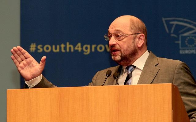 Σουλτς: Απαραίτητο να επανέλθει η εμπιστοσύνη στον ευρωπαϊκό Νότο