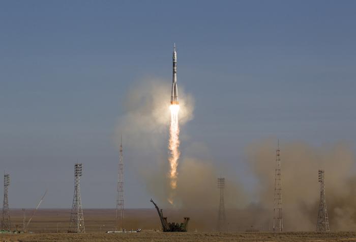 Στον Διεθνή Διαστημικό Σταθμό το ρωσικό Σογιούζ