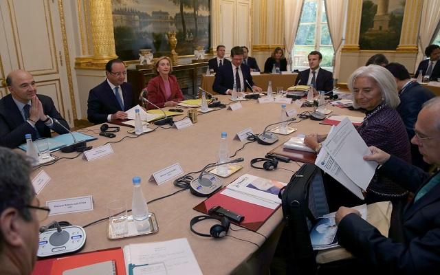 Υποβάθμιση στο AA της πιστοληπτικής ικανότητας της Γαλλίας από την S&P
