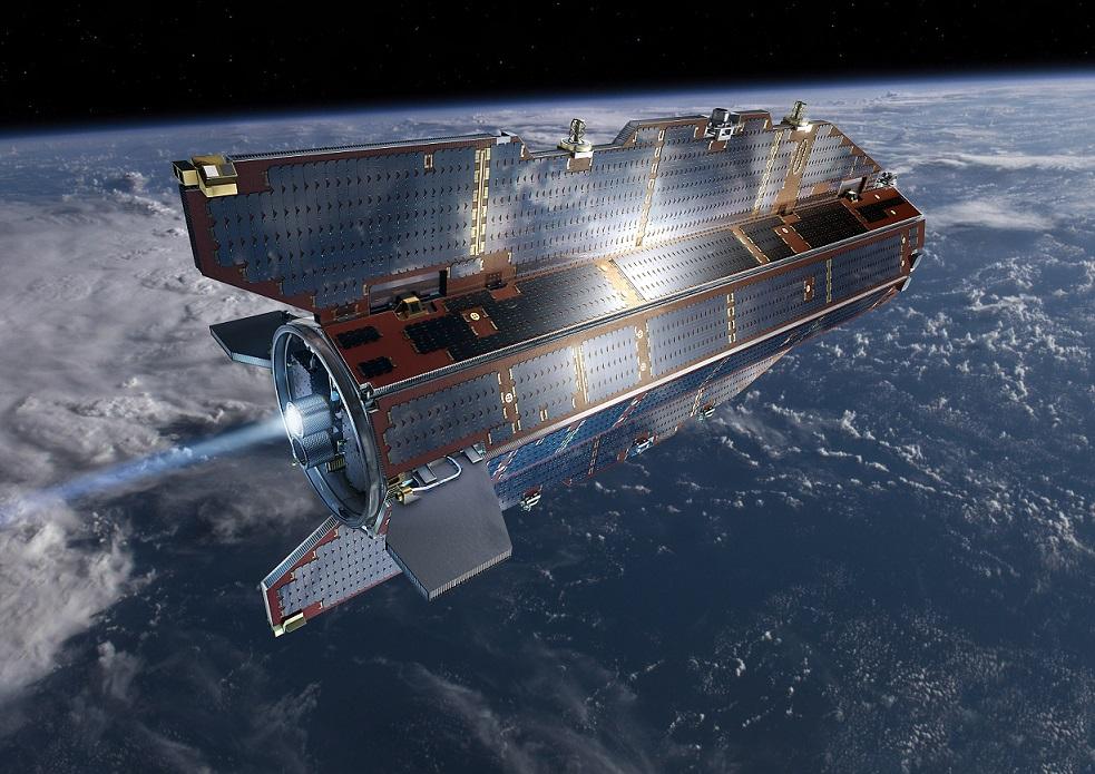Δορυφόρος πέφτει στη Γη