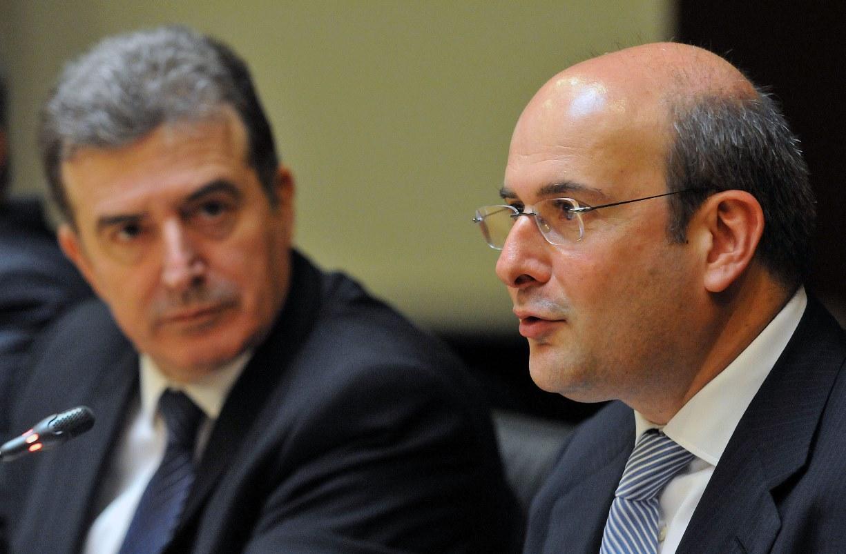 Χατζηδάκης: «Οι τράπεζες θα πρέπει να είναι σύμμαχος των ελληνικών εξαγωγικών επιχειρήσεων»