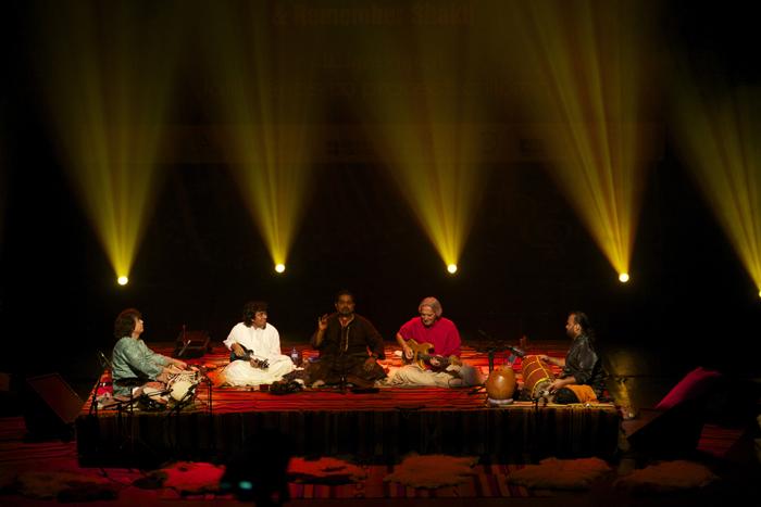 Η τζαζ συναντά τους ήχους της ινδικής παράδοσης στην Στέγη