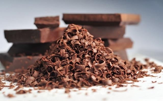 Ο Άγιος Βαλεντίνος αύξησε τις online αναφορές στις σοκολάτες!