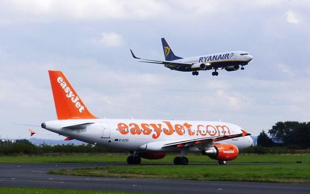 Ηλεκτρονικές συσκευές στις πτήσεις της easyJet