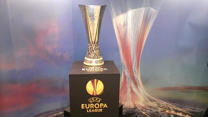 Η HTC έφερε την κούπα του Europa League