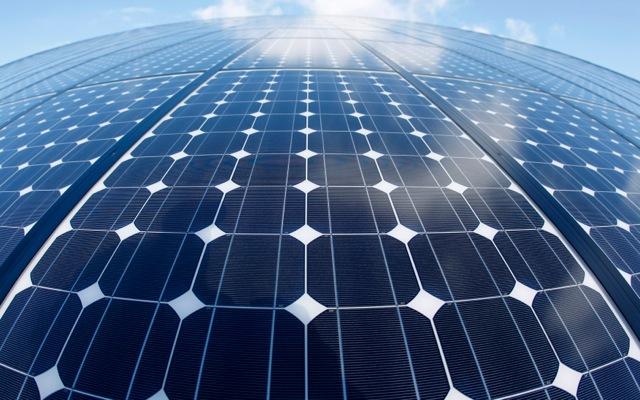 Μπαταρίες ηλιακής ενέργειας για το σπίτι