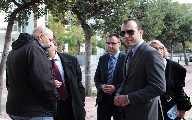 Επιβαρυντικά τα κατηγορητήρια για τους τρεις βουλευτές της Χρυσής Αυγής