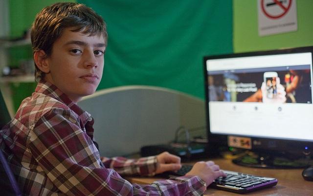 O 12χρονος Νίκος που ξετρέλανε την Google!