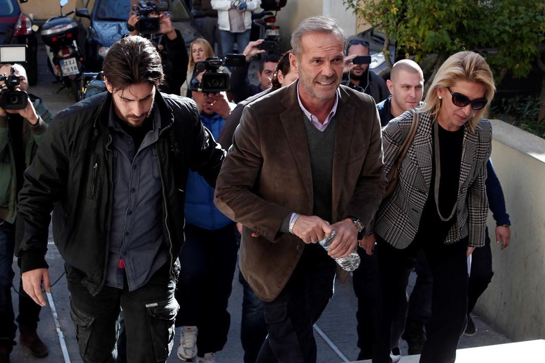 Συνελήφθη για χρέη στο Δημόσιο ο Πέτρος Κωστόπουλος