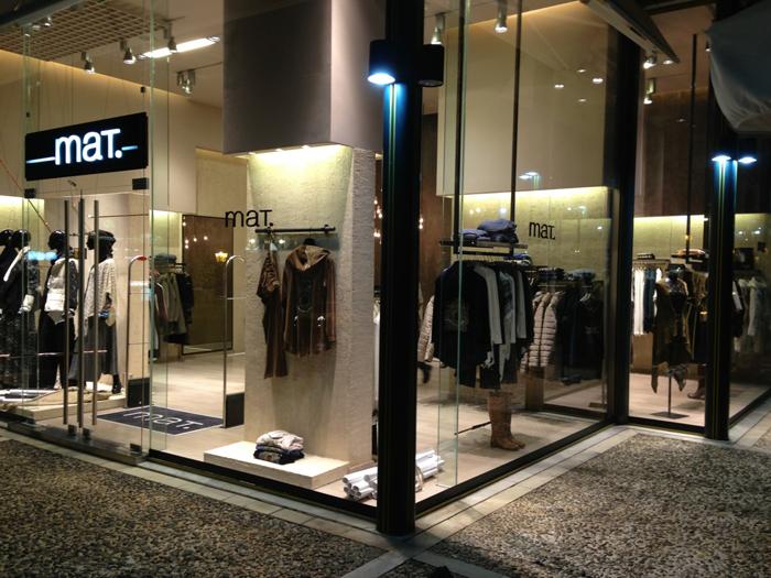 mat. fashion στην Κηφισιά