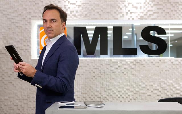 Η MLS επιμένει ελληνικά