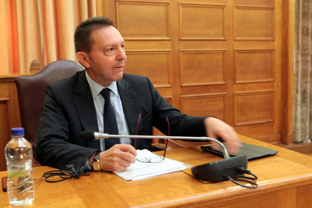 Μείωση φόρων υπόσχεται ο Γιάννης Στουρνάρας