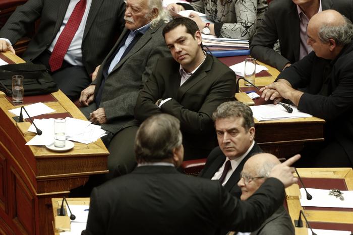 Σκληρή κριτική του ΣΥΡΙΖΑ σε κυβέρνηση για τους πλειστηριασμούς