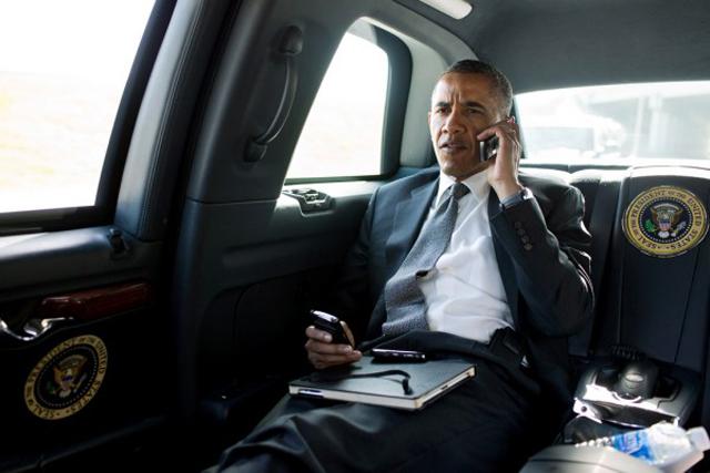 Ομπάμα: «Δεν χρησιμοποιώ iPhone για λόγους ασφαλείας»