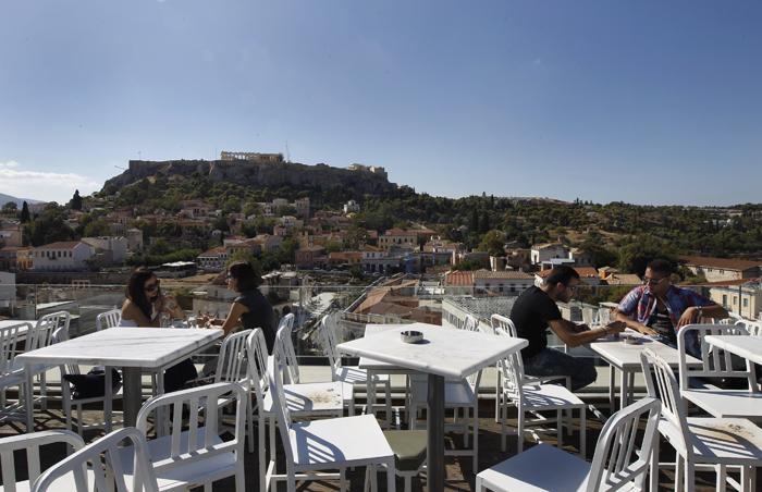 Αύξηση 1,2% στον τζίρο ξενοδοχείων και εστιατορίων το γ' τρίμηνο