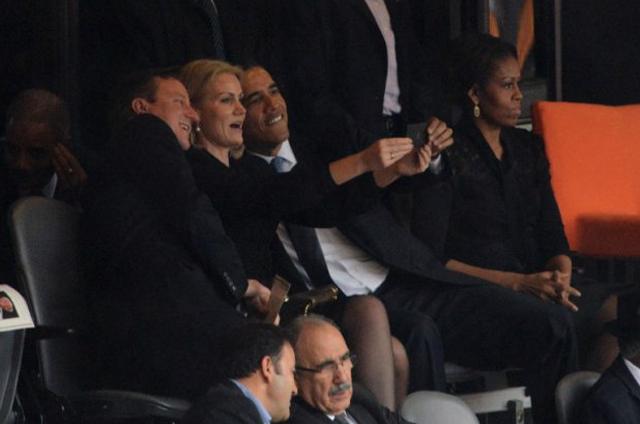 Η selfie του Ομπάμα και η «καταιγίδα» στα social media