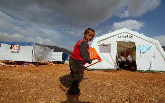 UNICEF: Αδήλωτο 1 στα 3 παιδιά