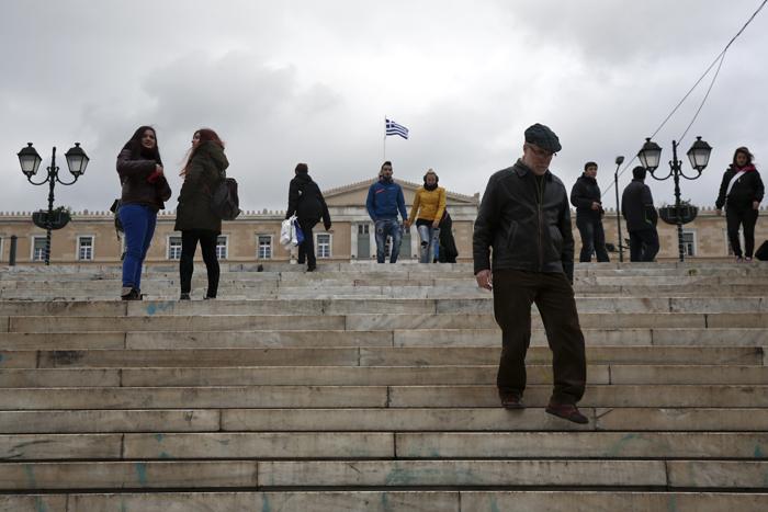 Δραματικά τα στοιχεία για το βιοτικό επίπεδο των Ελλήνων