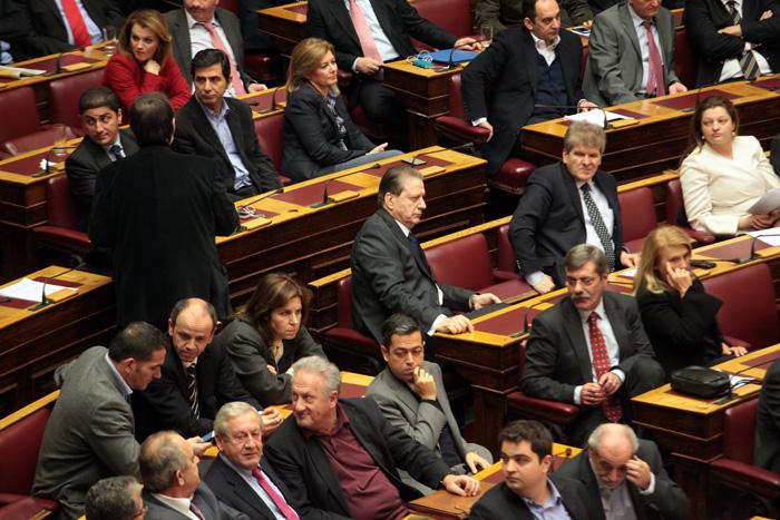 Υπερψηφίστηκαν όλα τα άρθα του νομοσχεδίου για τον φόρο ακινήτων