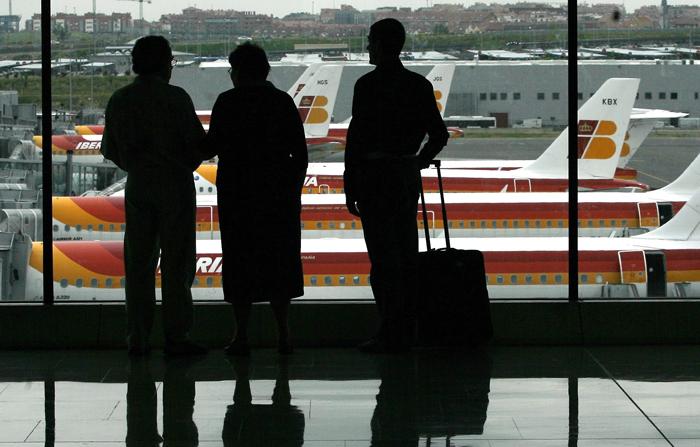 Σκληρή μάχη με τον χρόνο δίνουν οι αεροπορικές εταιρείες