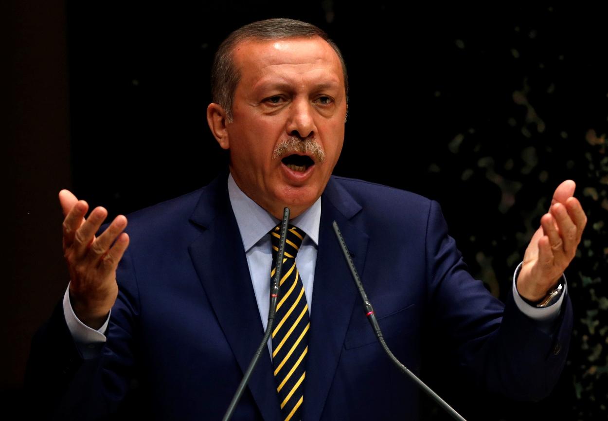 «Θα αποκήρυττε τα παιδιά του» αν μπλέκονταν σε σκάνδαλα ο Ερντογάν