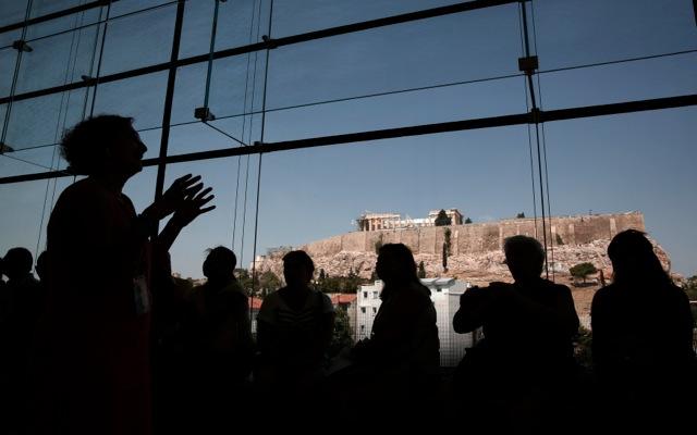 Αισιοδοξία στον κλάδο του τουρισμού για το 2014