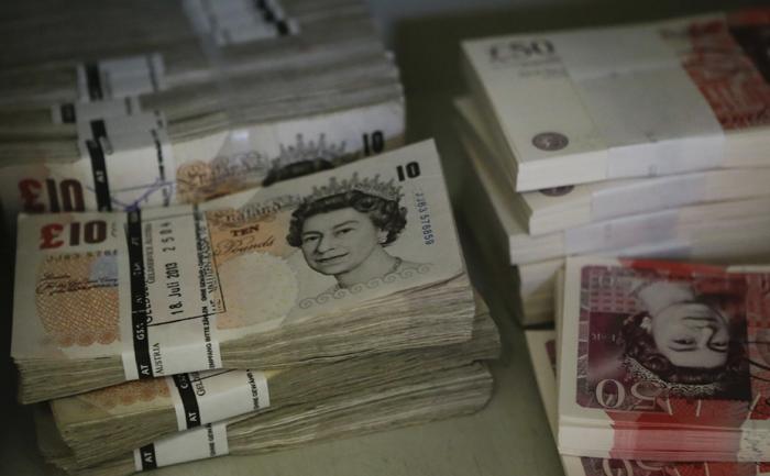 ΥΠΟΙΚ Βρετανίας: «Απαραίτητες οι περικοπές 30 δισ. από το 2015»