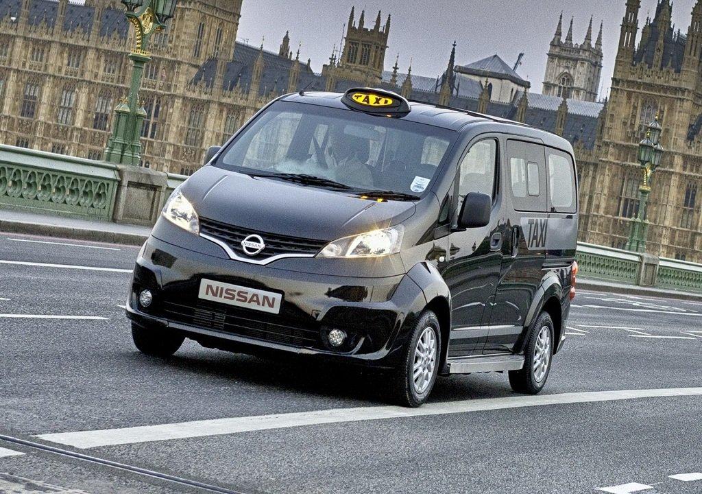 Τα λονδρέζικα black cabs δίνουν τη θέση τους σε ιαπωνικά ταξί