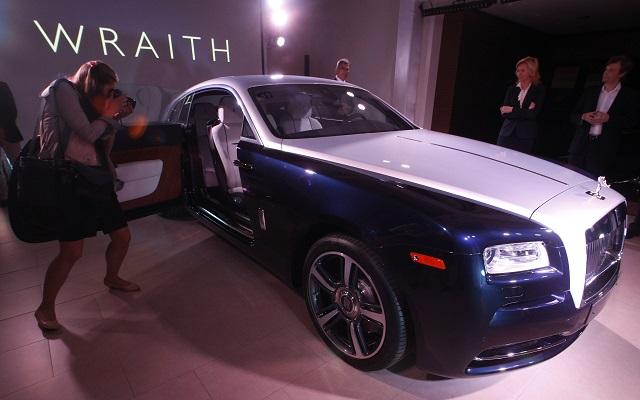 Κέρδη-ρεκόρ για την Rolls-Royce το 2013