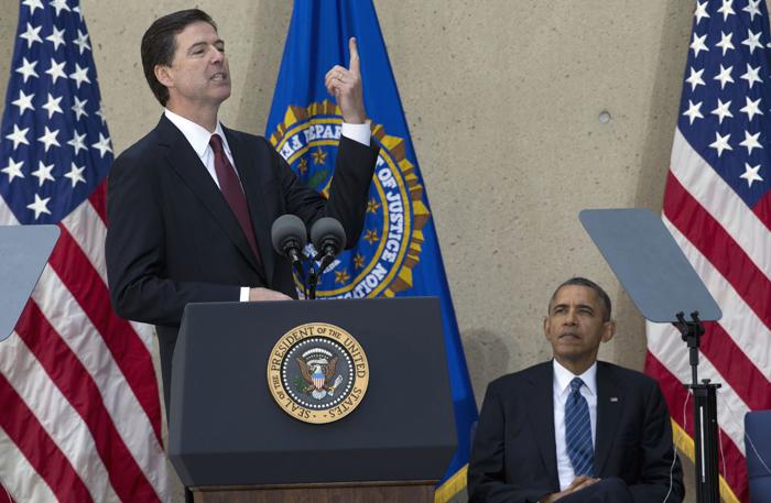 Λάβρος κατά Σνόουντεν το αφεντικό του FBI