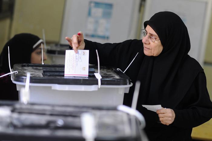 Αίγυπτος: Επτά νεκροί στην πρώτη μέρα του δημοψηφίσματος