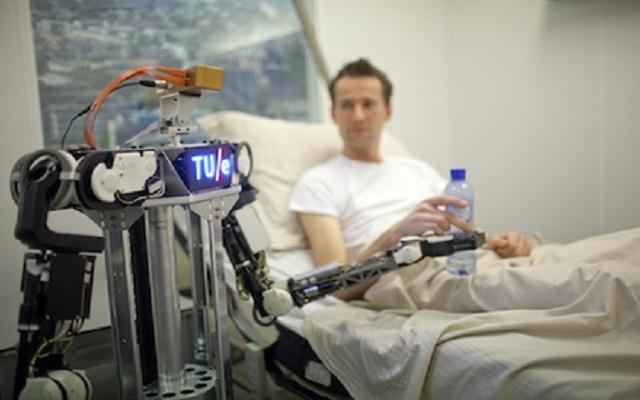 RoboEarth: ο κοινός διαδικτυακός «εγκέφαλος» των… ρομπότ
