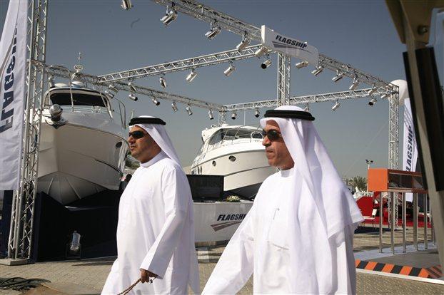 Αμπού Ντάμπι και Κατάρ βολιδοσκοπούν την Ελλάδα για επενδύσεις