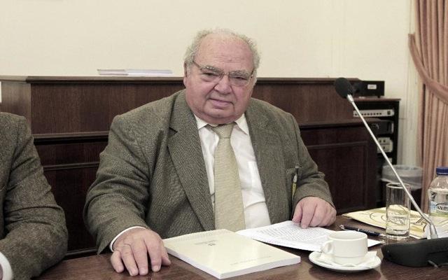 Δυσλειτουργία της δημόσιας διοίκησης υποδεικνύει ο Λέανδρος Ρακιντζής