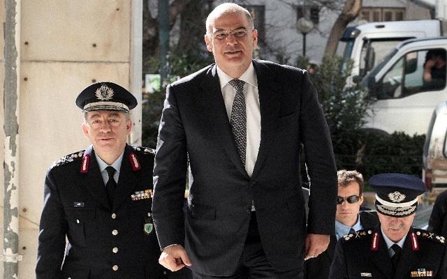 H κυβέρνηση επικήρυξε Μαζιώτη και Ξηρό για 4 εκατ. ευρώ