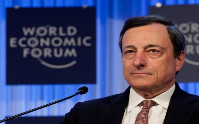 Ντράγκι: «Ασθενής η οικονομική ανάκαμψη της Ευρωζώνης»