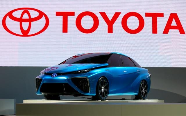 Πρώτη σε πωλήσεις αυτοκινήτων η Toyota το 2013