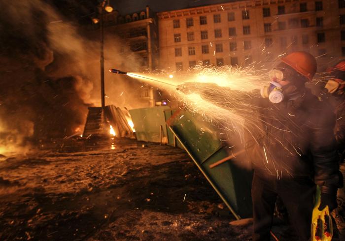 Ουκρανία: Τελεσίγραφο 24 ωρών στην κυβέρνηση ή «λουτρό αίματος»