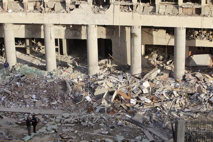 Έξι νεκροί και δεκάδες τραυματίες στην Αίγυπτο