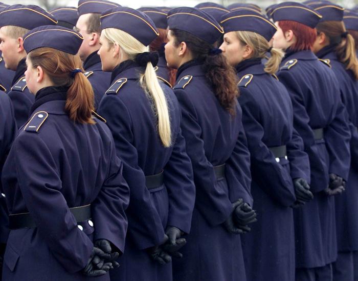 Κύμα σεξουαλικών παρενοχλήσεων στο γερμανικό στρατό