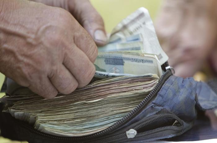 Ρωσίδα άλλαξε φύλο για να… γλιτώσει τα χρέη