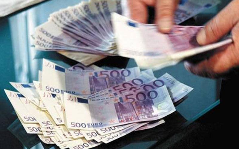 Οι Έλληνες επέστρεψαν χρήματα στις εγχώριες τράπεζες
