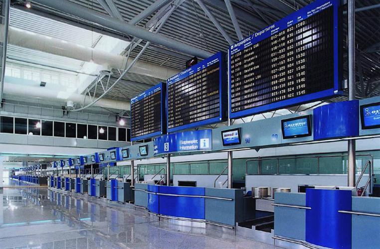 Προσγειώθηκαν οι πρώτοι επιβάτες της πτήσης Σανγκάη-Αθήνα