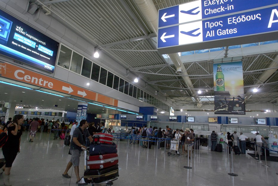 Eλ. Βενιζέλος: Ξεκινούν το καλοκαίρι 150 νέες εβδομαδιαίες πτήσεις